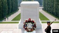 남북 대학생들의 미 알링턴 국립묘지 방문