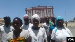 Manifestação no Namibe contr alibertação de alegado assassino - 2:22