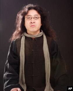 流亡海外的中国作家和诗人贝岭
