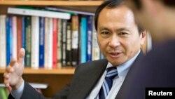 2008年10月弗朗西斯·福山博士在约翰霍普金斯大学华盛顿特区保罗·尼采高级国际研究学院 (资料照片)