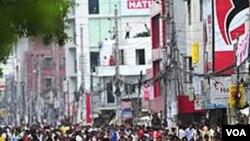 La intervención de la policía se debió a que la marcha no había sido autorizada por la ciudad.