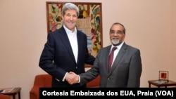 John Kerry, Secretario de Estados americano, e Jorge Borges, ministro cabo-verdiano das Relações Externas.