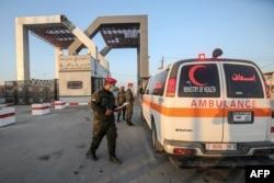 Gazze'ye güneyden, Mısır sınırından geçilen Refah kapısı