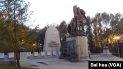 莫斯科的二战苏联红军雕塑。(美国之音白桦拍摄)