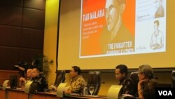 Diskusi publik tentang pemikiran dan perjuangan Tan Malaka di gedung MPR/DPR Senayan Jakarta, Senin 27/3. (Foto: VOA/Fathiyah Wardah)