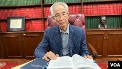 基本法起草委员、民主党创党主席李柱铭 (美国之音/汤惠芸)