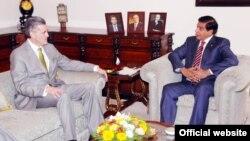 امریکی سفیر اولسن نے اسلام آباد میں وزیراعظم اشرف سے ملاقات کی۔
