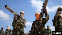 Al-Shabaab ayaa sheegtay inay qabsadeen Badhaadhe (Sawir hore)