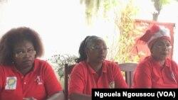 Les ressortissants du Pool élèvent de plus en plus leurs voix pour demander la fin des violences dans leur département, à Brazzaville, le 15 octobre 2016. (VOA/Ngouela Ngoussou)