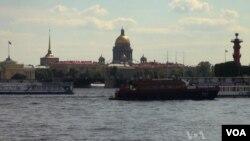 St. Petersburg, thành phố đang trở thành điểm du lịch hàng đầu của Nga