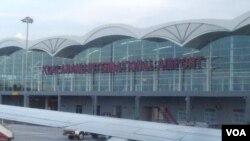 Bandara Internasional Kualanamu Sumatra Utara (VOA/Budi Nahaba)
