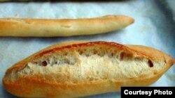 Sản phẩm bánh mì cuối cùng cũng thành công sau khoảng 'mấy chục sản phẩm gần giống bánh mì'