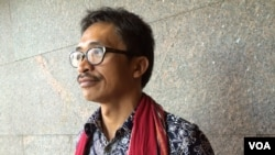 Abdon Nababon is secretary general of the Indigenous People's Alliance of the (Indonesian) Archipelago. He and his people must live with the grief and rage from what they regard as the theft and violation of much of their ancestral homeland. (Adam Phillips/VOA)