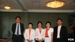 台灣立委訪美團成員,左起邱志偉、陳節如、尤美女、黃文玲、許智杰(照片來源: 鐘辰芳)