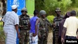 Polisi wa Kenya wakiimarisha usalama katika sehemu za mikusanyiko