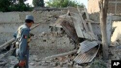 چارواکي وایي افغان امنیتي ځواکونه پلي روان وو چې برید پرې وشو
