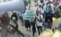 Protestos na Universidade Católica de Angola - 2:30