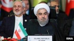 رئیس جمهوری ایران برای شرکت در نشست سران کشورهای عضو سازمان همکاری اسلامی در استانبول به سر میبرد.
