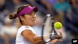 တင္းနစ္ အားကစားမွာ Grand Slam ဆုႀကီးႏွစ္ခု ရထားဖူးတဲ့ တ႐ုတ္တင္းနစ္မယ္ Li Na။