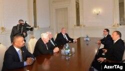 Prezident İlham Əliyev Amerika konqresmenlərini qəbul edib