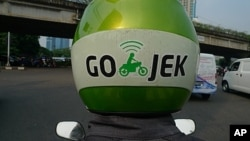 Budding entrepreneur Nadiem Makarim started Go-Jek, a motorcycle taxi service, which recently won a US State Department-sponsored competition and has already received commitments from angel investors