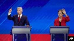 Joe Biden, à gauche et Elizabeth Warren,lors du dernier débat télévisé des démocrates.