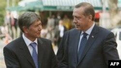 Qirg'iziston-Turkiya: Munosabatlar a'lo darajada, viza tartibi bekor qilindi