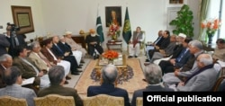 Prime Minister Muhammad Nawaz Sharif Chaired Meeting on CPEC with Leading Political Leaders at PM House January 15, 2016