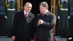 Реджеп Тайип Эрдоган и Петр Порошенко. Украина, Киев, 20 марта 2015.
