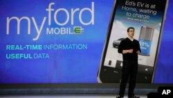 La tecnología de los teléfonos inteligentes se instala en los automóviles del siglo XXI.