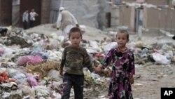 کودکان افغان در جاده های کابل