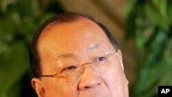 中国前财长金人庆2007年3月9日在北京一个记者会上
