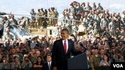 Tổng thống Obama nói chuyện với binh sĩ tại Fort Bliss ở El Paso, Texas, 31/8/2012