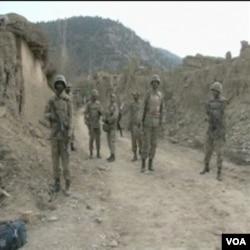 Afgansitanski vojnici u patroli