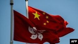 资料照:中国和香港旗帜