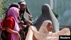 Para perempuan dan akan perempuan Somalia diduga menjadi korban kekerasan seksual oleh tentara Uni Afrika (foto: dok).
