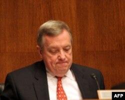德宾参议员