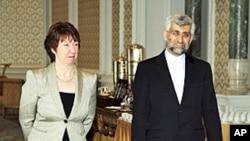 伊朗核談判代表賈里里和歐盟主管外交官員阿什頓在土耳其進行會議