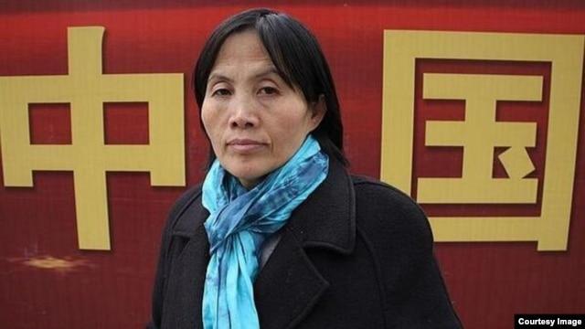 Bà Tào Thuận Lợi, một nhân vật tranh đấu nhân quyền nổi tiếng ở Trung Quốc, đã qua đời trong lúc bị giam.