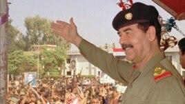 1990-cı ildə Küveyti zəbt edən İraq diktatoru Səddam Hüseyn Qərb dövlətlərinin xəbərdarlıqlarına məhəl qoymurdu.