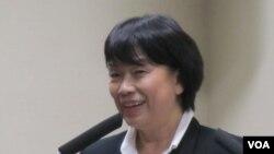 台湾文化部长龙应台(美国之音 张佩芝拍摄)