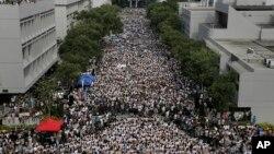 Students demonstrate at the Chinese University of Hong Kong campus in Hong Kong, Sept. 22, 2014.