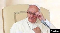 El Vaticano acusó a los sacerdotes de no educar bien a los fieles acerca de las enseñanzas de la iglesia sobre sexualidad.