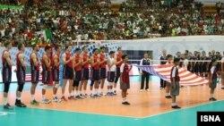 دیدار تیم های ملی والیبال ایران و آمریکا در تهران