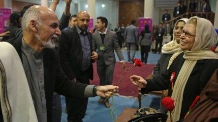 آقای غنی وعده سپرده بود که چهار کرسی کابینه را به زنان خواهد داد