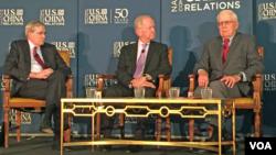 前美国家安全顾问哈德利(左),麦克法兰(中)与艾伦(右)在美中关系研讨会上(2016年6月27日)