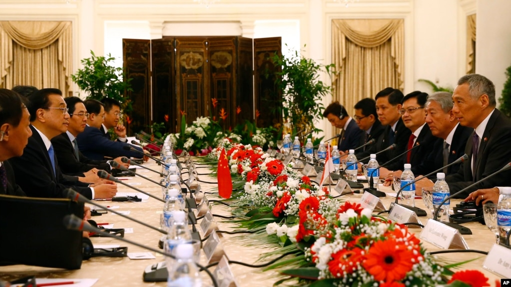 China Calls for Open World Economy Ahead of ASEAN Talks