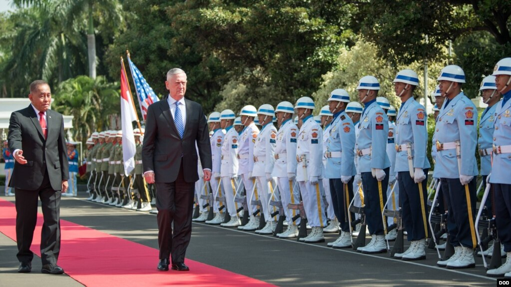馬蒂斯2018年1月23日訪問印尼(美國國防部照片)