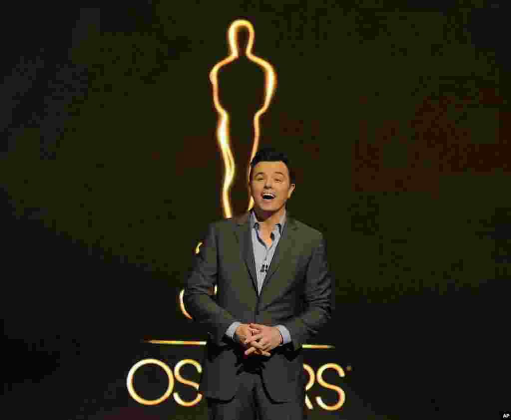 2013 Oscar host Seth MacFarlane presents the Academy nominations for the 85th Academy Awards on January 10, 2013 in Beverly Hills, California. (Invision)