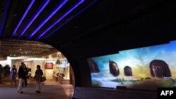 Phát ngôn viên viện Smithsonian cho biết một cuối tuần vào tháng Tư có thể thu hút đến 500.000 khách đến thăm các viện bảo tàng